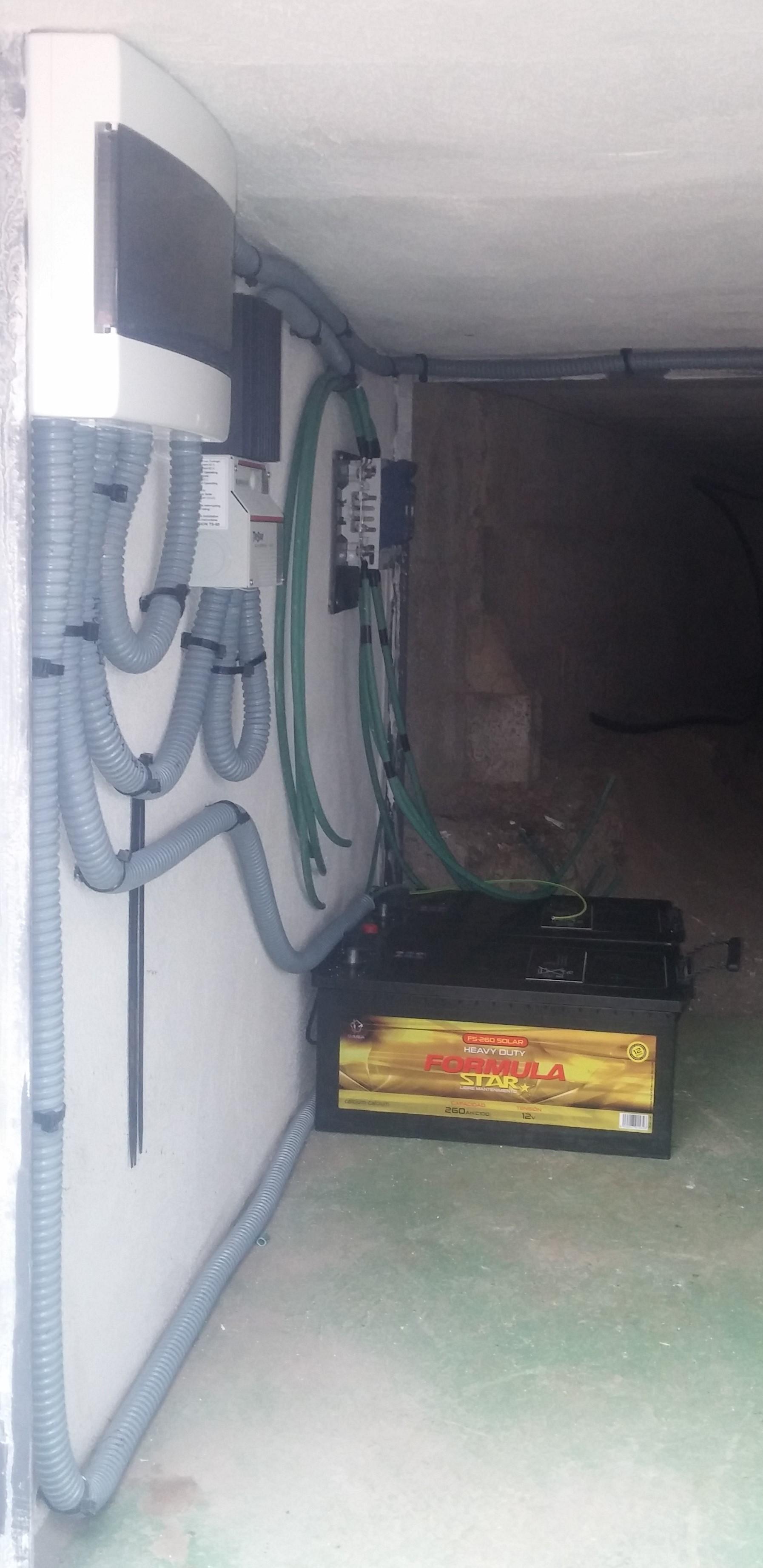 Instalaci n aislada con bater as medano ingenieros - Energia solar tenerife ...